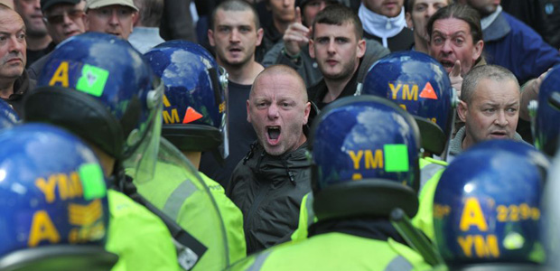 EDL Walsall protest (4)