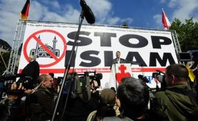 Stop Islam rally Cologne 2008