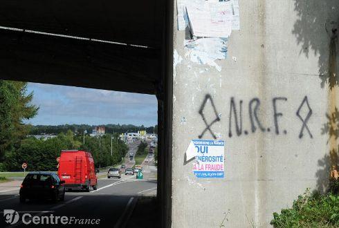 Limoges bridge graffiti