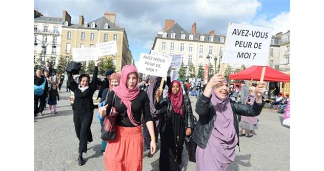 Rennes demonstration (2)