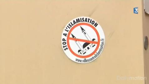 Escaudain mosque sticker