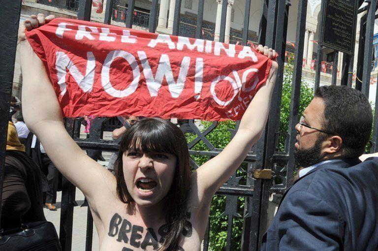 Femen Free Amina protest