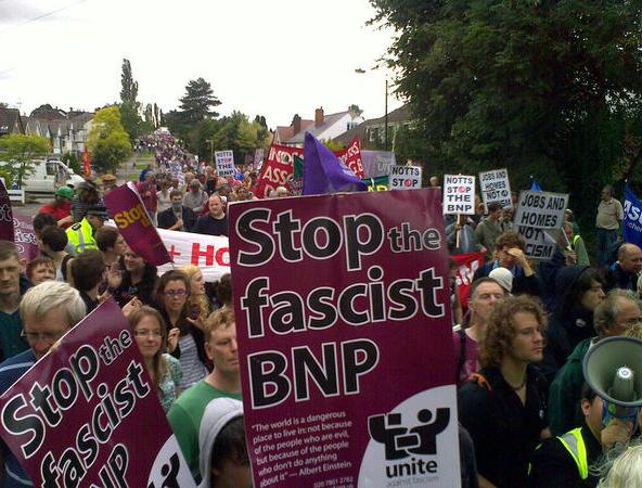 Anti-BNP Codnor protest2