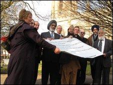 Anti-EDL pledge