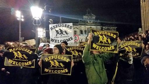 Anti-PEGIDA protest Dresden 22.12.14