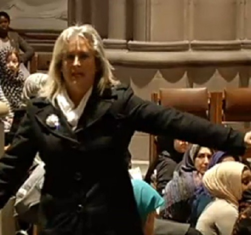 Christine Weick harangues Muslim worshippers