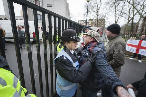 EDL outside London Central Mosque