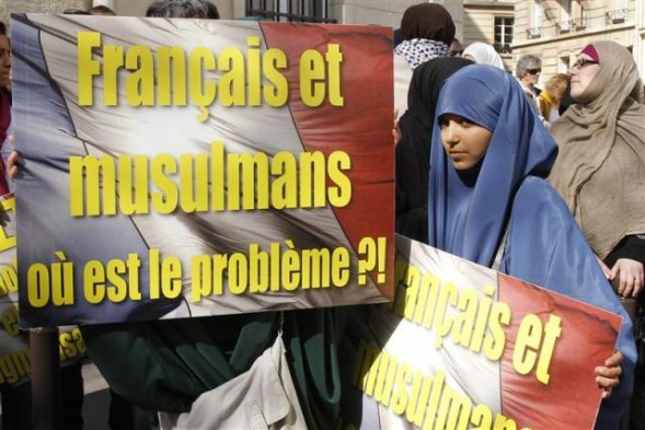 French Muslims protest