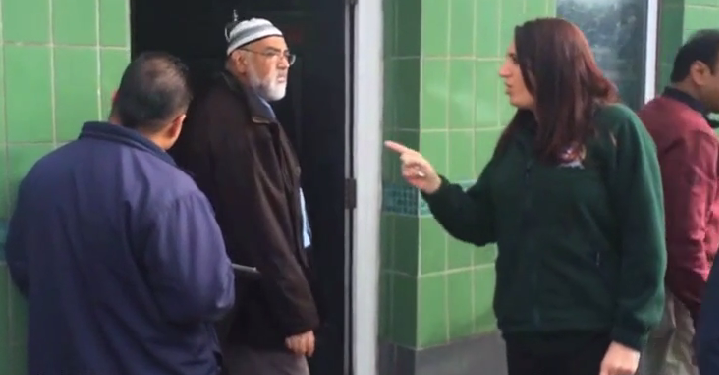 Jayda Fransen abuses worshippers at Gillingham mosque