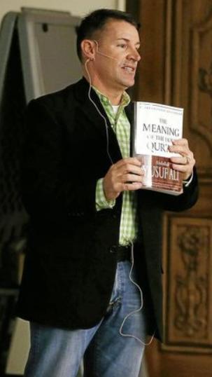 John Bennett explains Qur'an