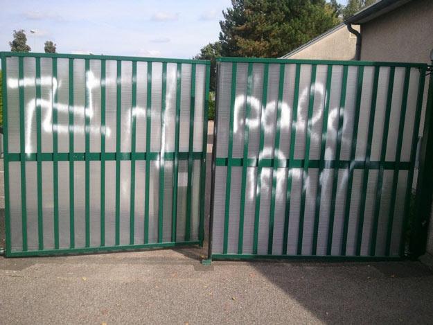 La Chapelle-Saint-Mesmin graffiti (2)