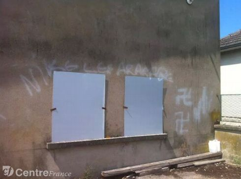 La Charité-sur-Loire graffiti