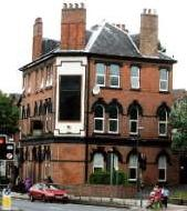 Le Grand pub