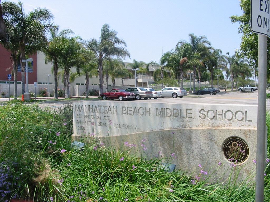 Manhattan Beach Middle School