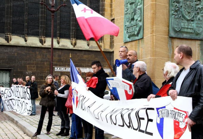 Metz anti-mosque protest