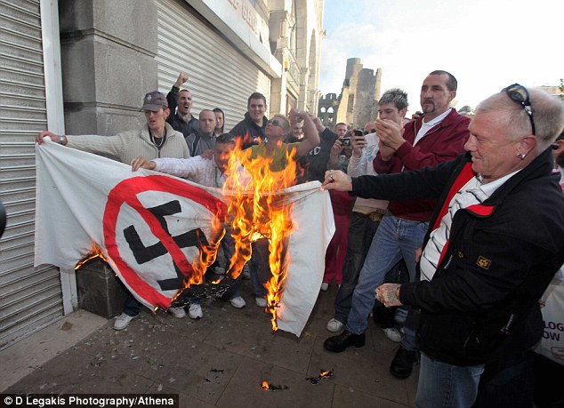 WDL burn anti-Nazi flag