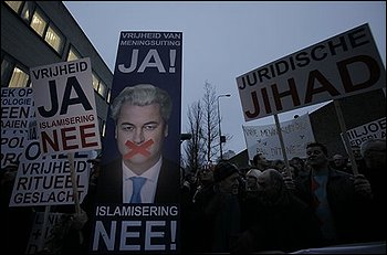 Wilders supporters protest (2)