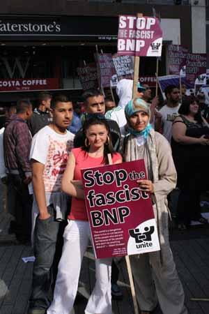 salma-yaqoob-anti-fascist-demo